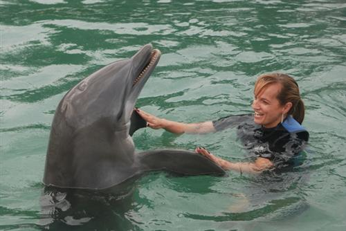 Mrs. D'Alessandro with dolphin